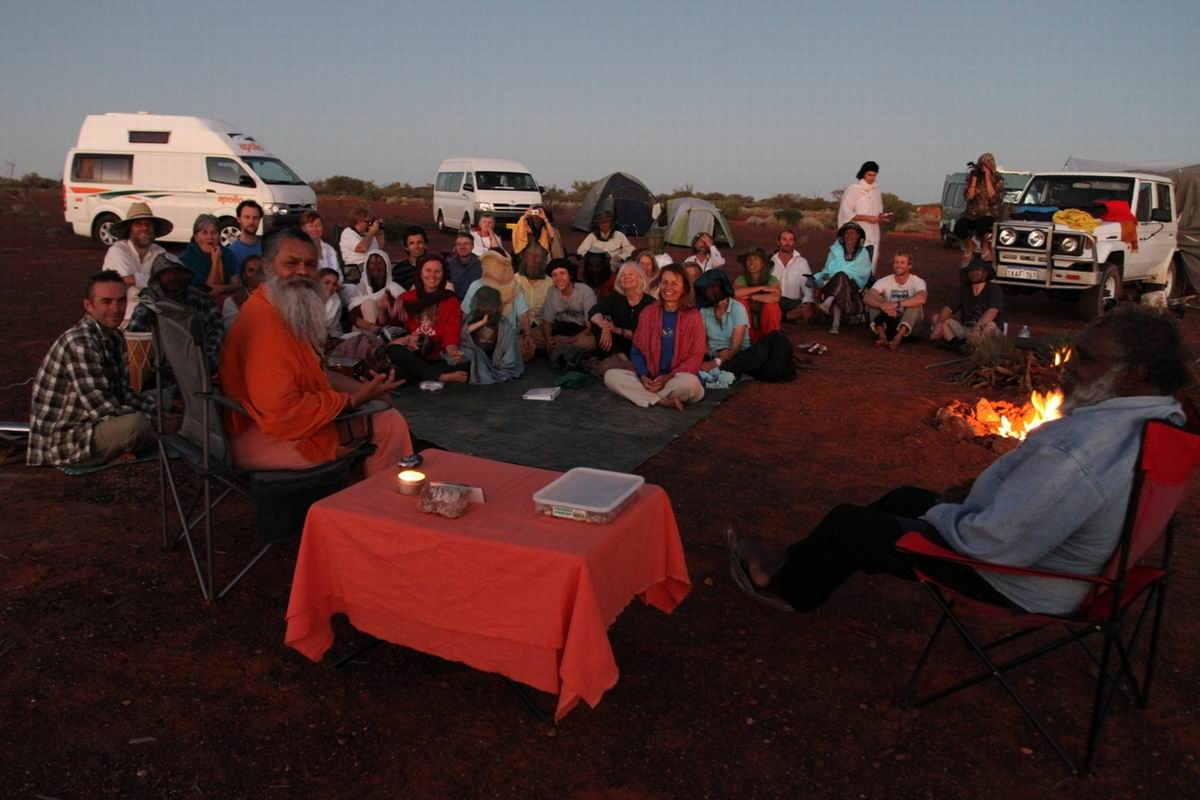Satsang_on_the_Peace_tour_in_the_Australian_Desert_1_Small